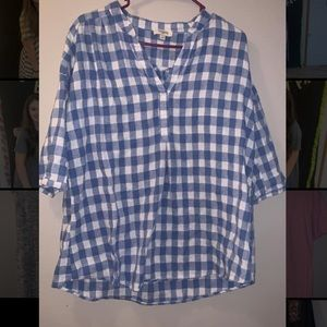 Umgee plaid shirt size small, fits way bigger